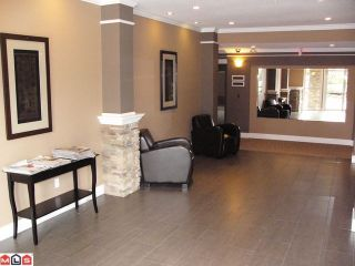 "Photo 10: 309 2068 SANDALWOOD Crescent in Abbotsford: Central Abbotsford Condo for sale in ""The Sterling"" : MLS®# F1209052"