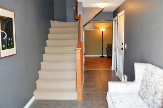 """Photo 2: 21 46840 RUSSELL Road in Sardis: Promontory Townhouse for sale in """"Timber Ridge"""" : MLS®# R2183776"""