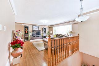 "Photo 3: 10976 PARTRIDGE Crescent in Surrey: Bolivar Heights House for sale in ""BIRDLAND"" (North Surrey)  : MLS®# R2178942"