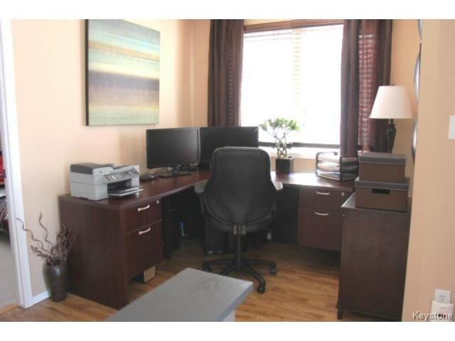 Photo 11: Photos: 100 Harding Crescent in WINNIPEG: St Vital Residential for sale (South East Winnipeg)  : MLS®# 1403083