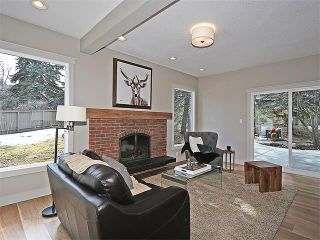 Photo 11: 240 PUMP HILL Gardens SW in Calgary: Pump Hill House for sale : MLS®# C4052437