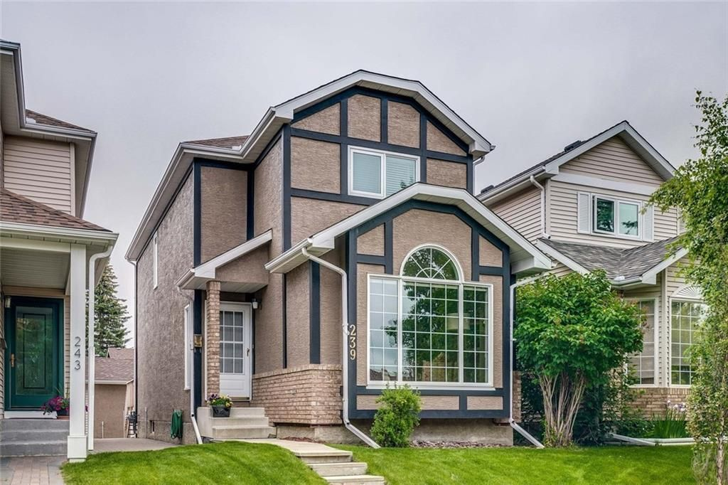 Main Photo: 239 COACHWAY Road SW in Calgary: Coach Hill Detached for sale : MLS®# C4258685