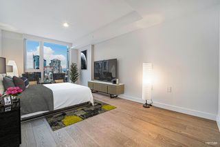 """Photo 10: 2110 1111 RICHARDS Street in Vancouver: Downtown VW Condo for sale in """"8X ON THE PARK"""" (Vancouver West)  : MLS®# R2625396"""