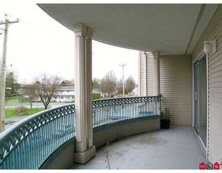 "Photo 10: 201 20727 DOUGLAS Crescent in Langley: Langley City Condo for sale in ""Joseph's Court"" : MLS®# F2705506"