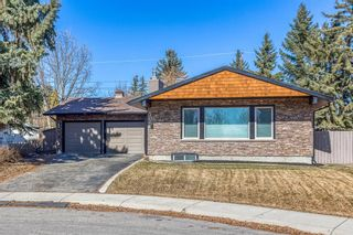 Photo 2: 10540 Waneta Crescent SE in Calgary: Willow Park Detached for sale : MLS®# A1085862