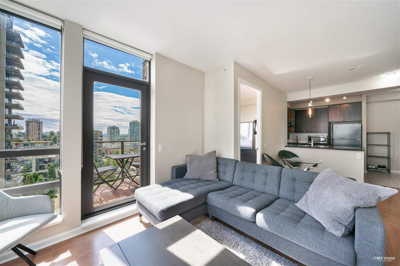 Main Photo: 1201 170 W 1ST STREET in North Vancouver: Lower Lonsdale Condo for sale : MLS®# R2603325