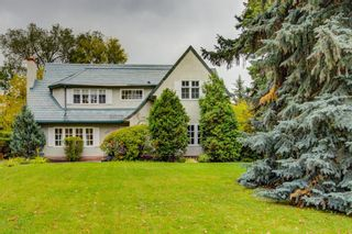 Photo 2: 2726 Montcalm Crescent in Calgary: Upper Mount Royal Detached for sale : MLS®# A1072470