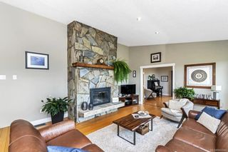 Photo 12: 2284 Lynne Lane in Central Saanich: CS Keating House for sale : MLS®# 843546