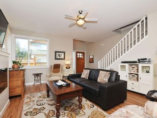 Photo 4: 1042 Whitney Crt in Langford: La Happy Valley House for sale : MLS®# 688665