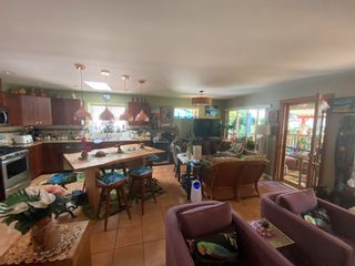 Photo 4: 6335 PICADILLY Place in Sechelt: Sechelt District House for sale (Sunshine Coast)  : MLS®# R2608131
