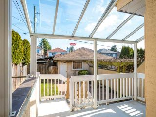 """Photo 13: 8490 FRENCH Street in Vancouver: Marpole 1/2 Duplex for sale in """"MARPOLE"""" (Vancouver West)  : MLS®# R2483416"""