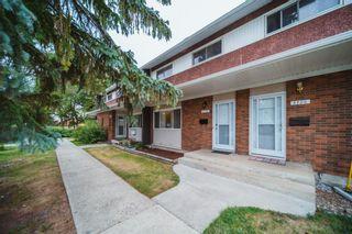 Photo 1: 5722 143 Avenue in Edmonton: Zone 02 Townhouse for sale : MLS®# E4262673