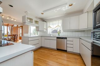 Photo 2: 968 CHARLAND Avenue in Coquitlam: Central Coquitlam 1/2 Duplex for sale : MLS®# R2114374