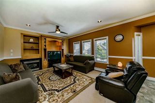 Photo 6: 14910 68 Avenue in Surrey: East Newton House for sale : MLS®# R2402283