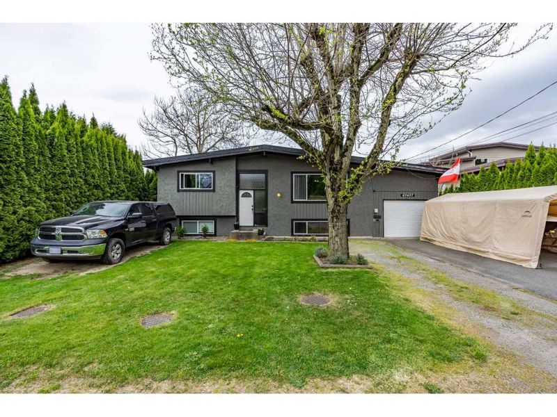 FEATURED LISTING: 45457 WATSON Road Chilliwack