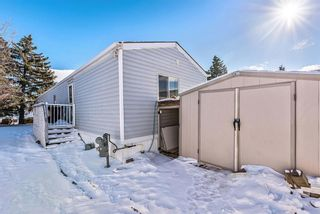 Photo 26: 301 Burroughs Circle NE in Calgary: Monterey Park Mobile for sale : MLS®# A1070742