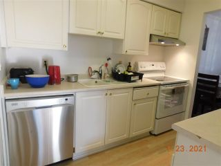 """Photo 5: 818 10620 150 Street in Surrey: Guildford Townhouse for sale in """"LINCOLN'S GATE"""" (North Surrey)  : MLS®# R2529461"""