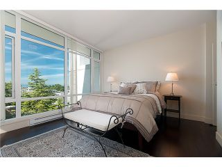 """Photo 5: PH701 5958 IONA Drive in Vancouver: University VW Condo for sale in """"ARGYLL HOUSE EAST"""" (Vancouver West)  : MLS®# V906341"""