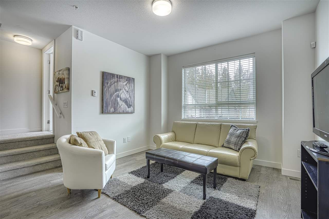 Main Photo: 8 23539 GILKER HILL Road in Maple Ridge: Cottonwood MR Townhouse for sale : MLS®# R2445373