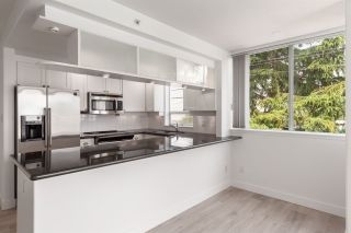 "Photo 6: 326 1979 YEW Street in Vancouver: Kitsilano Condo for sale in ""CAPERS"" (Vancouver West)  : MLS®# R2566048"