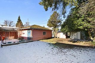 Photo 12: 2627 E 56TH Avenue in Vancouver: Fraserview VE House for sale (Vancouver East)  : MLS®# R2243250