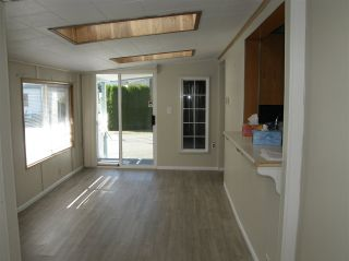 Photo 8: 20 62780 FLOOD HOPE Road in Hope: Hope Center Manufactured Home for sale : MLS®# R2491506