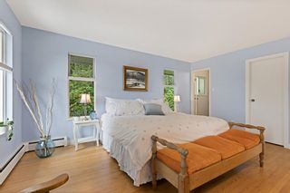 """Photo 15: 510 CRAIGMOHR Drive in West Vancouver: Glenmore House for sale in """"Glenmore"""" : MLS®# R2617145"""