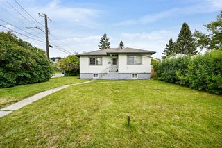 Main Photo: 130 32 Avenue NE in Calgary: Highland Park Detached for sale : MLS®# A1134155