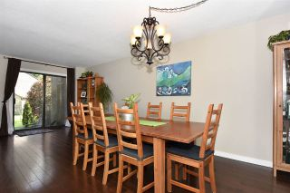 Photo 5: 8561 WOODRIDGE PLACE in Burnaby: Forest Hills BN Townhouse for sale (Burnaby North)  : MLS®# R2262331