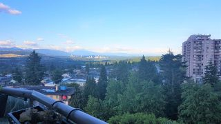 """Photo 3: 902 4657 HAZEL Street in Burnaby: Forest Glen BS Condo for sale in """"THE LEXINGTON"""" (Burnaby South)  : MLS®# R2591725"""