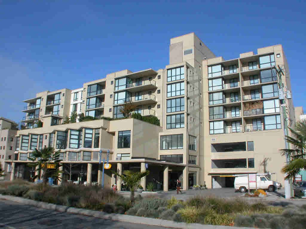 Main Photo: 911 7831 WESTMINSTER HIGHWAY in : Brighouse Condo for sale : MLS®# V576150