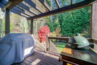 "Photo 12: 38 ASHWOOD Drive in Port Moody: Heritage Woods PM House for sale in ""Stoneridge"" : MLS®# R2439361"