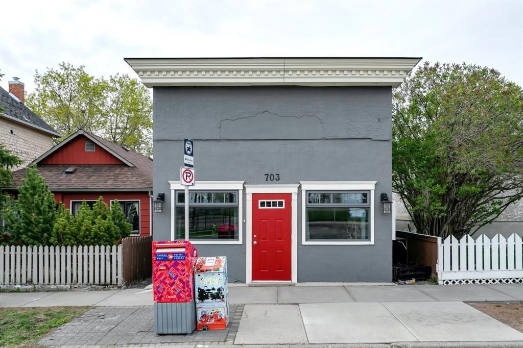 Main Photo: 703 23 Avenue SE in Calgary: Ramsay Mixed Use for sale : MLS®# A1107606