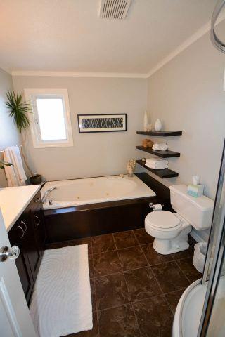 Photo 12: 10704 113 Avenue in Fort St. John: Fort St. John - City NW House for sale (Fort St. John (Zone 60))  : MLS®# R2334215