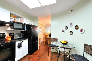 Photo 5: 303 6737 STATION HILL COURT in Burnaby: South Slope Condo for sale (Burnaby South)  : MLS®# R2077188