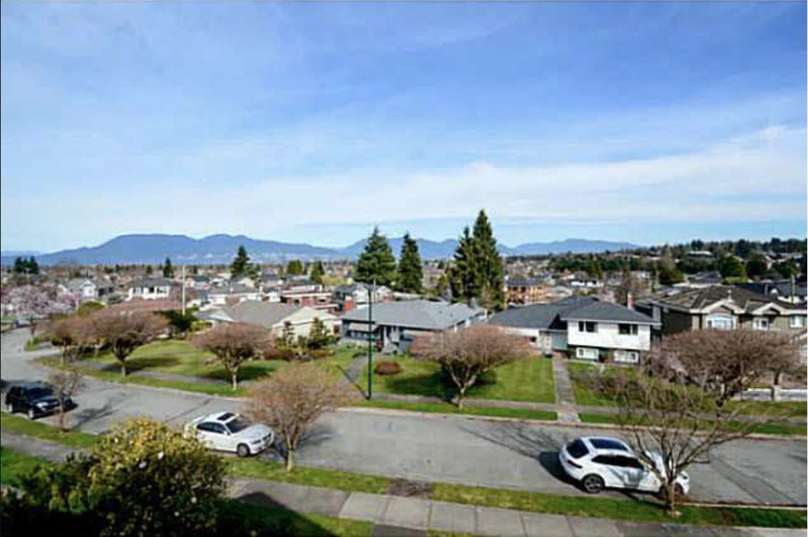 Main Photo: 2606 EDGAR Crescent in Vancouver: Quilchena House for sale (Vancouver West)  : MLS®# R2496918