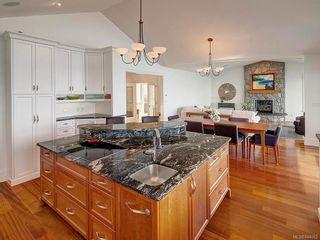 Photo 13: 2940 Mt. Baker View Rd in Saanich: SE Ten Mile Point House for sale (Saanich East)  : MLS®# 844062