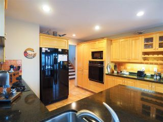 Photo 6: 2003 CLIFFSIDE Lane in Squamish: Hospital Hill House for sale : MLS®# R2430342