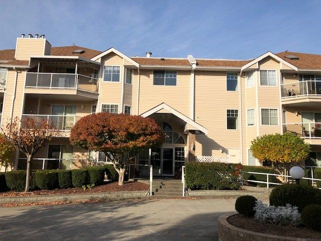 """Main Photo: 121 22611 116 Avenue in Maple Ridge: East Central Condo for sale in """"ROSEWOOD COURT"""" : MLS®# R2417220"""