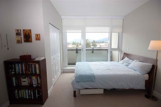 "Photo 5: 506 5665 TEREDO Street in Sechelt: Sechelt District Condo for sale in ""THE WATERMARK"" (Sunshine Coast)  : MLS®# R2358750"