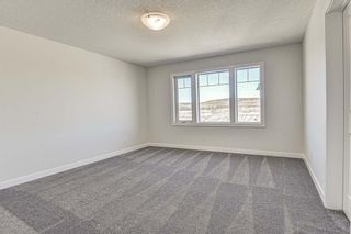 Photo 16: 132 Creekside Drive SW in Calgary: C-168 Semi Detached for sale : MLS®# A1098272