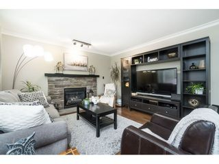 """Photo 10: 5152 223A Street in Langley: Murrayville House for sale in """"Hillcrest"""" : MLS®# R2453647"""