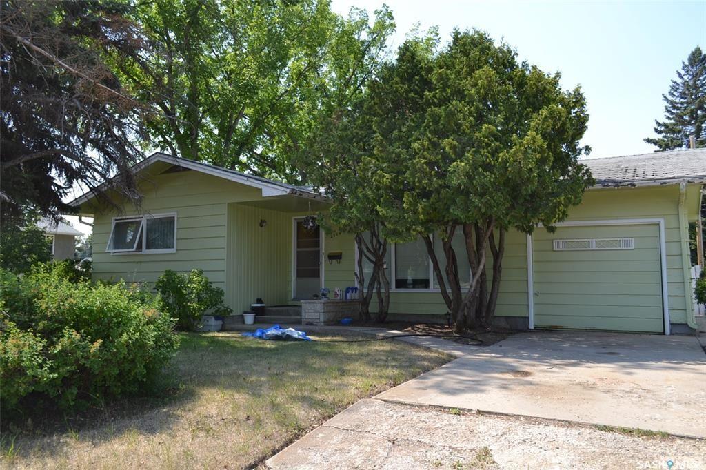 Main Photo: 2534 wiggins Avenue South in Saskatoon: Adelaide/Churchill Residential for sale : MLS®# SK866101