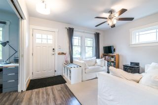 Photo 3: 3438 PANDORA Street in Vancouver: Hastings Sunrise House for sale (Vancouver East)  : MLS®# R2364938