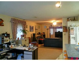 Photo 8: 15263 93A Avenue in Surrey: Fleetwood Tynehead House for sale : MLS®# F2904443