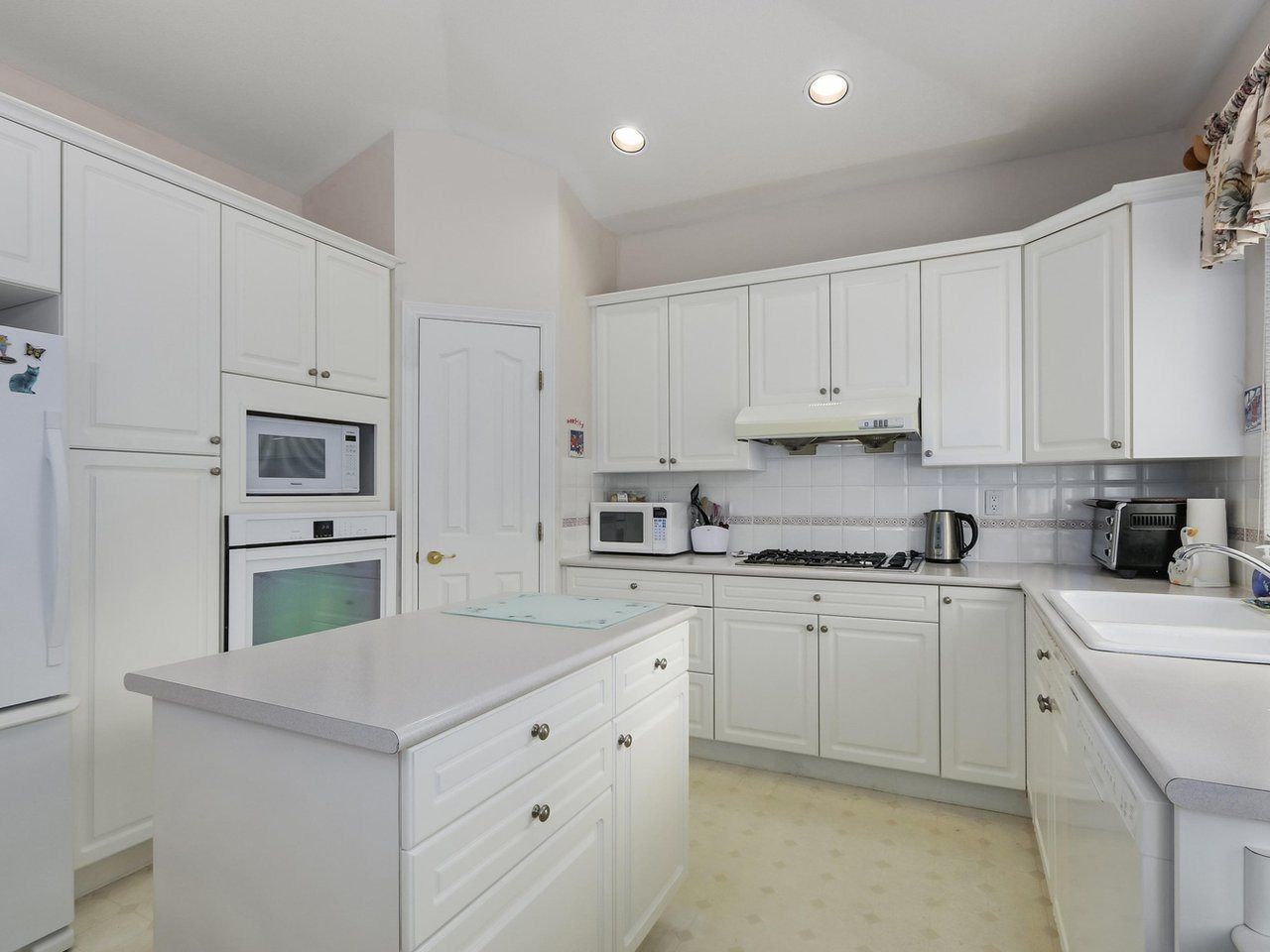 "Photo 5: Photos: 20 14888 24 Avenue in Surrey: Sunnyside Park Surrey Townhouse for sale in ""Meridian Park Estates"" (South Surrey White Rock)  : MLS®# R2296023"