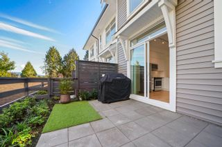 """Photo 4: 81 19696 HAMMOND Road in Pitt Meadows: Central Meadows Townhouse for sale in """"Bonson Mosaic"""" : MLS®# R2619754"""