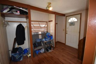 """Photo 8: 650 FIR Street in Quesnel: Red Bluff/Dragon Lake Manufactured Home for sale in """"RED BLUFF"""" (Quesnel (Zone 28))  : MLS®# R2546733"""