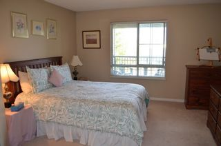"""Photo 6: 229 19528 FRASER Highway in Surrey: Cloverdale BC Condo for sale in """"FAIRMONT"""" (Cloverdale)  : MLS®# R2087979"""