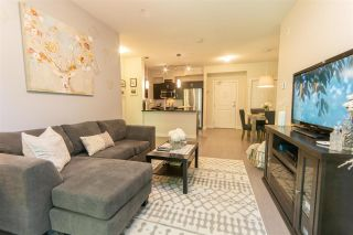 """Photo 4: 206 20058 FRASER Highway in Langley: Langley City Condo for sale in """"Varsity"""" : MLS®# R2587744"""